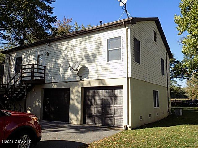 220 BLACKBERRY Alley, Selinsgrove, PA 17870