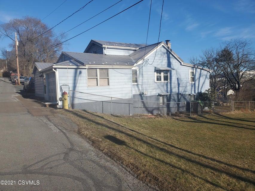618 UPPER Street, Danville, PA 17821