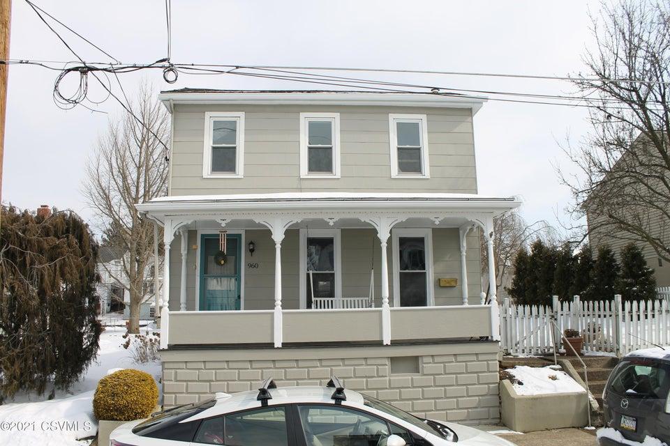 960 VINE Street, Danville, PA 17821