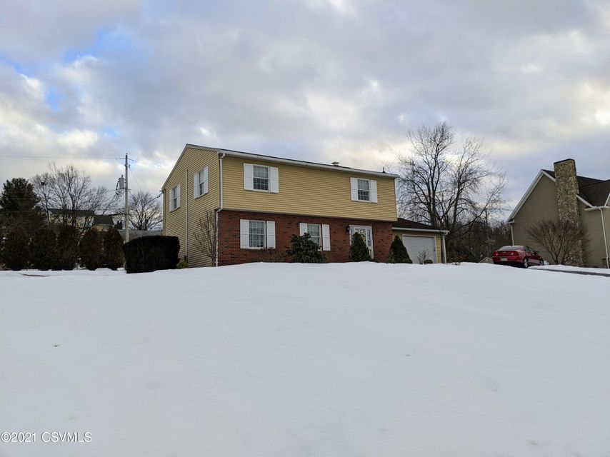 237 POPLAR Road, Lewisburg, PA 17837