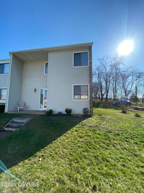 853 THE HIGHLANDS Drive, Danville, PA 17821