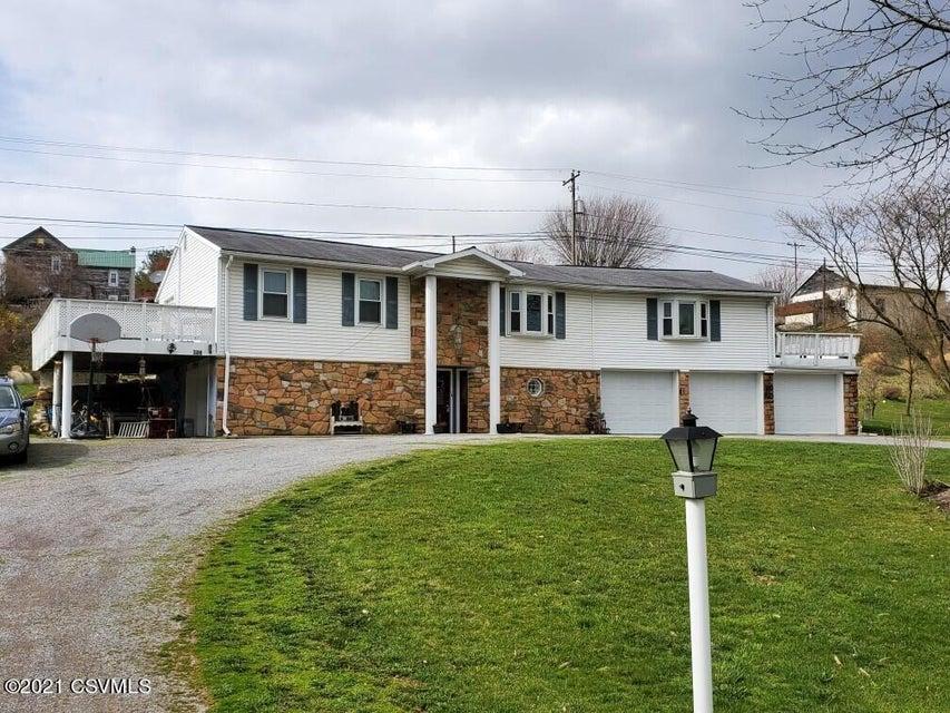 306 WALNUT Street, Penns Creek, PA 17862