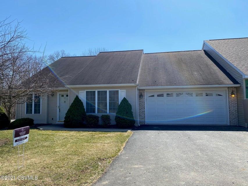 201 APPLETREE Court, Lewisburg, PA 17837