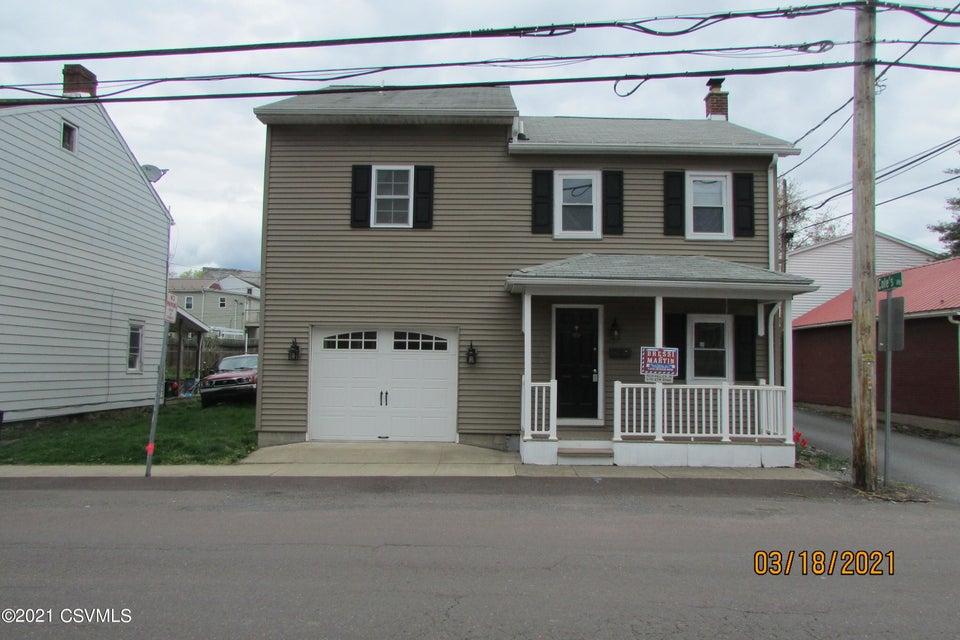 1042 FERRY Street, Danville, PA 17821