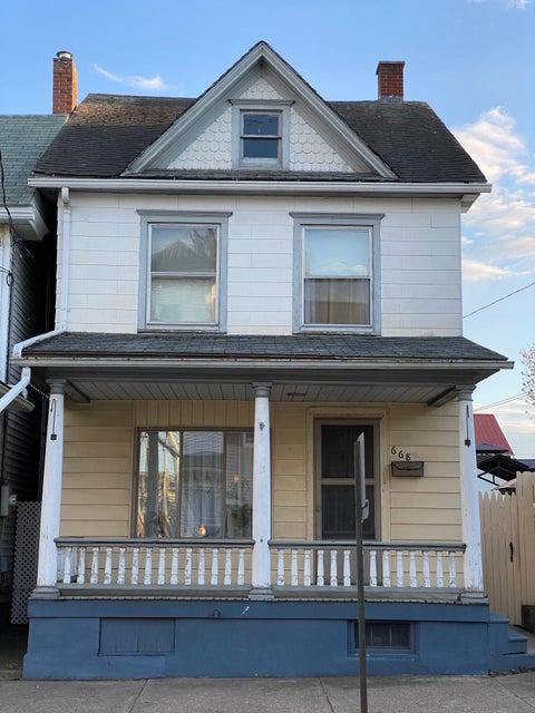 668 E MARKET Street, Danville, PA 17821