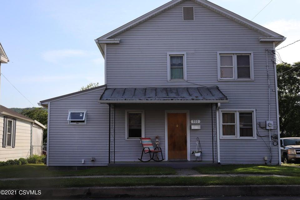 910 GRAND Street, Danville, PA 17821