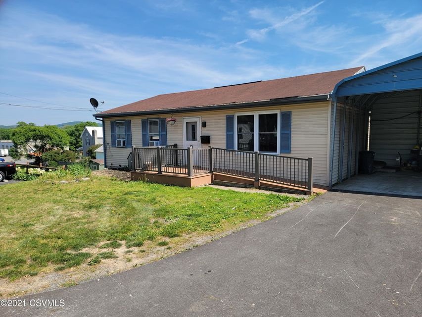 205 W WILLOW Avenue, Middleburg, PA 17842