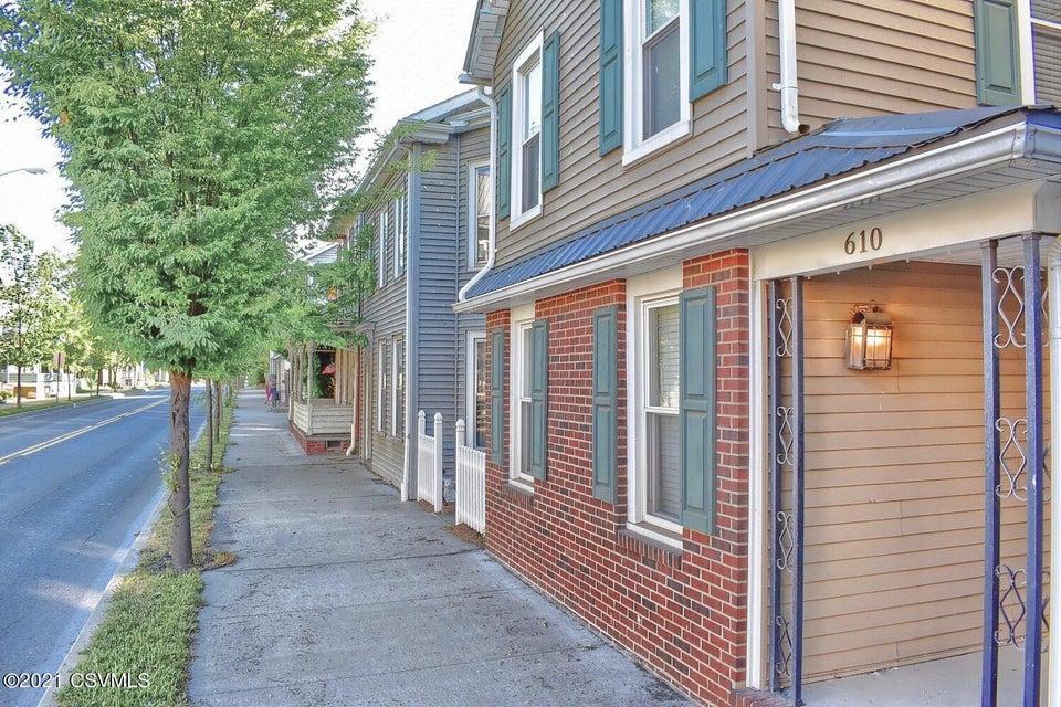 610 CHESTNUT Street, Mifflinburg, PA 17844