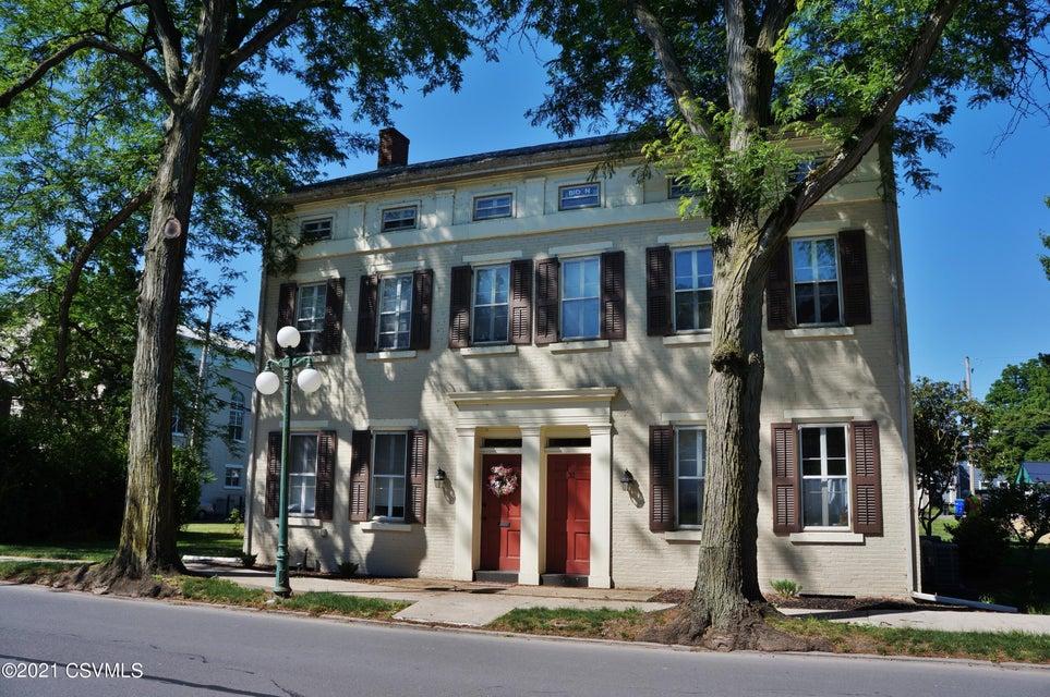 31 N WATER Street, Lewisburg, PA 17837
