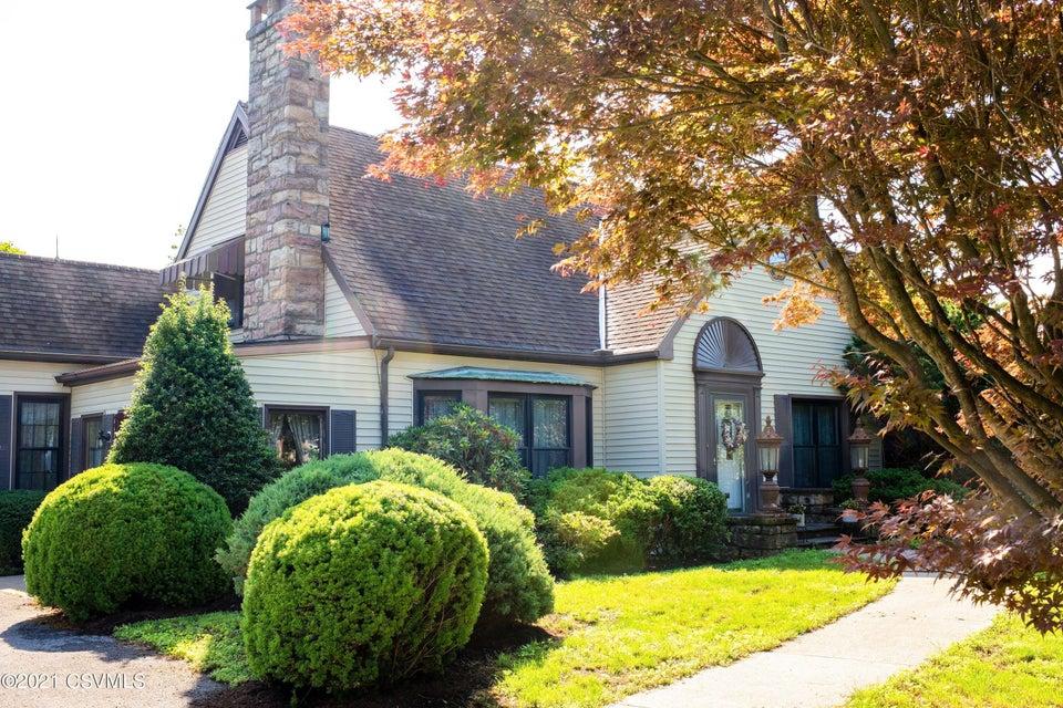 509 CENTER Street, Middleburg, PA 17842