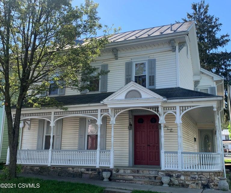 425 MARKET Street, Mifflinburg, PA 17844