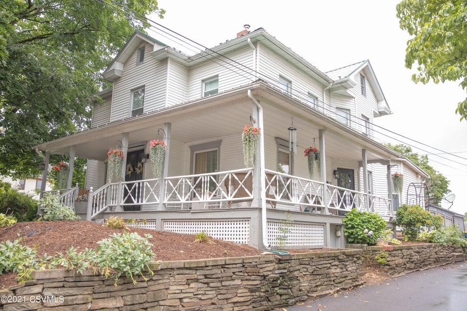 221 BROADWAY Street, Milton, PA 17847