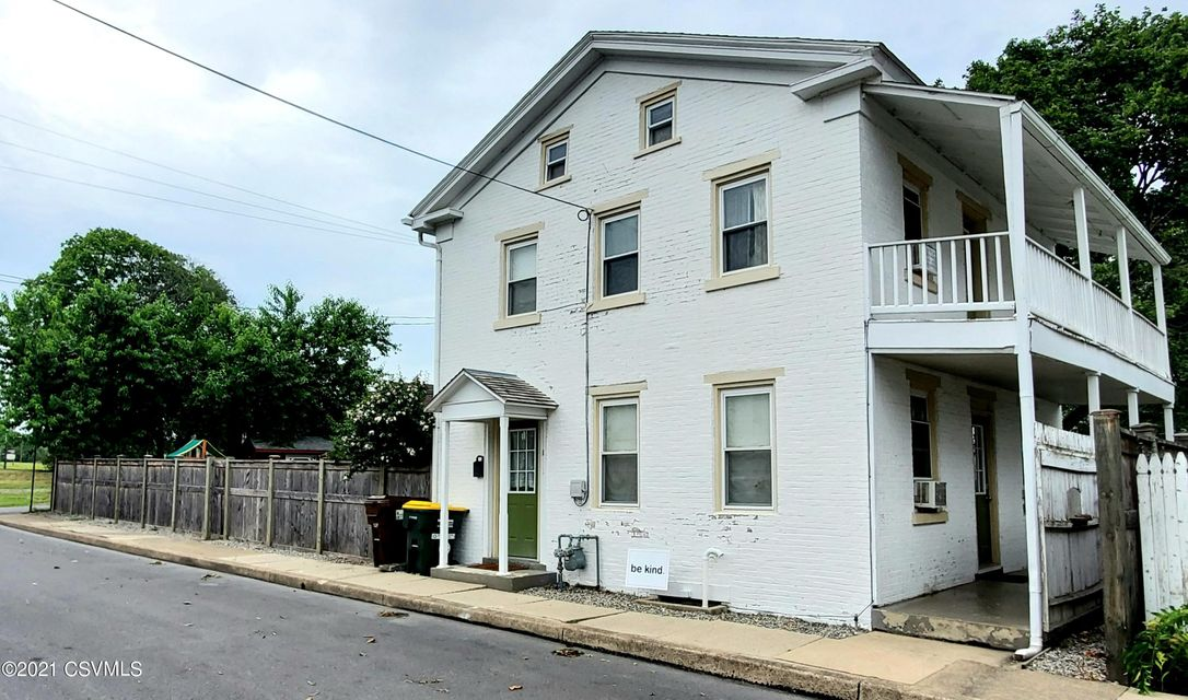 18 E SNYDER Street, Selinsgrove, PA 17870