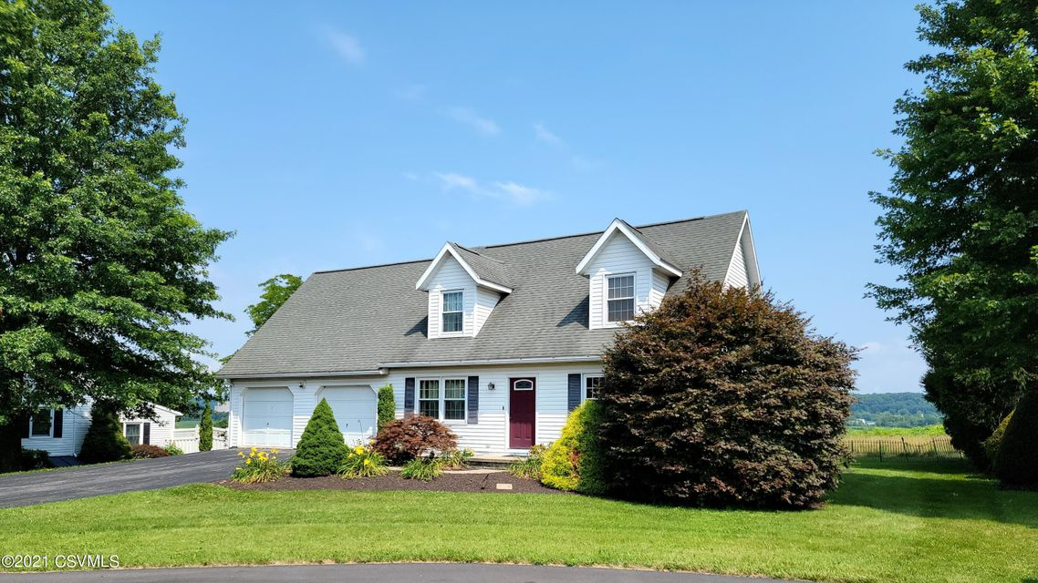 6 MULBERRY Court, Selinsgrove, PA 17870