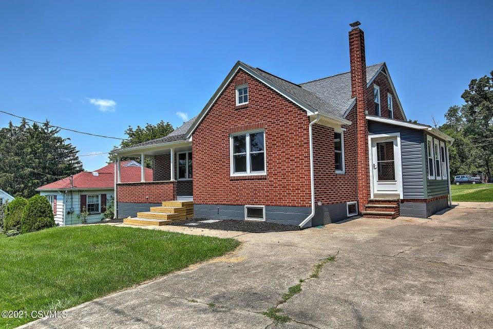 1043 WOODLAND Drive, Sunbury, PA 17801