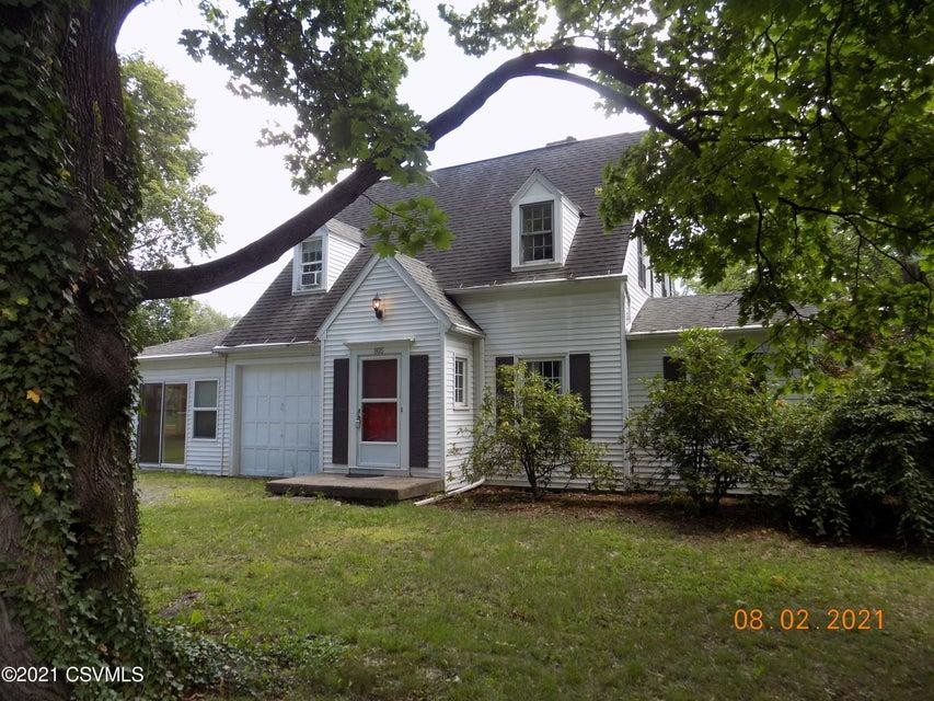 805 RAYMOND Lane, Lewisburg, PA 17837