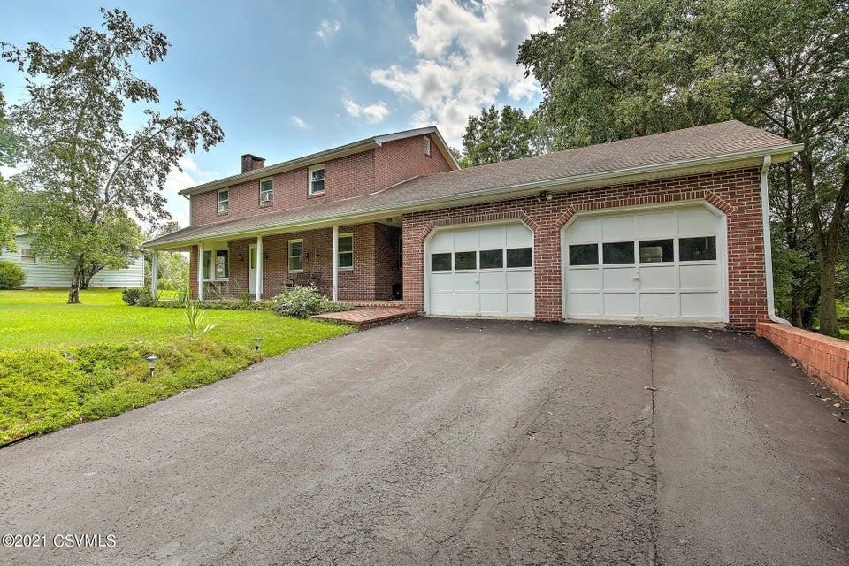 110 SCHOOLHOUSE Lane, Lewisburg, PA 17837