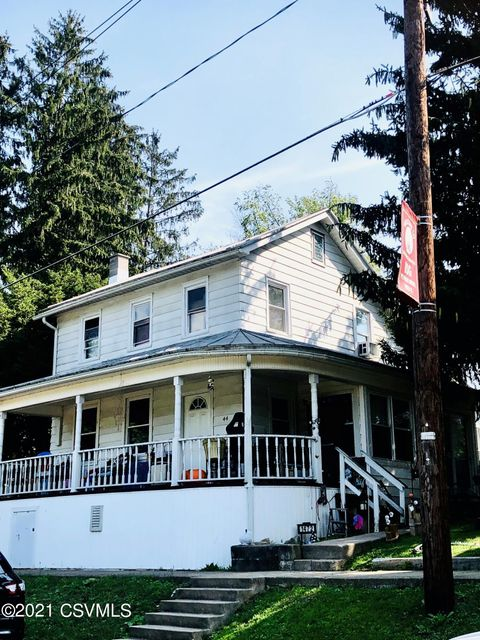 1472 WATER Street, Danville, PA 17821