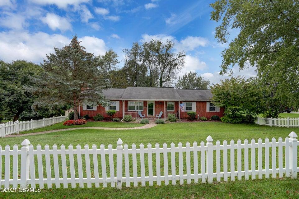 1040 SKYVIEW Drive, Milton, PA 17847