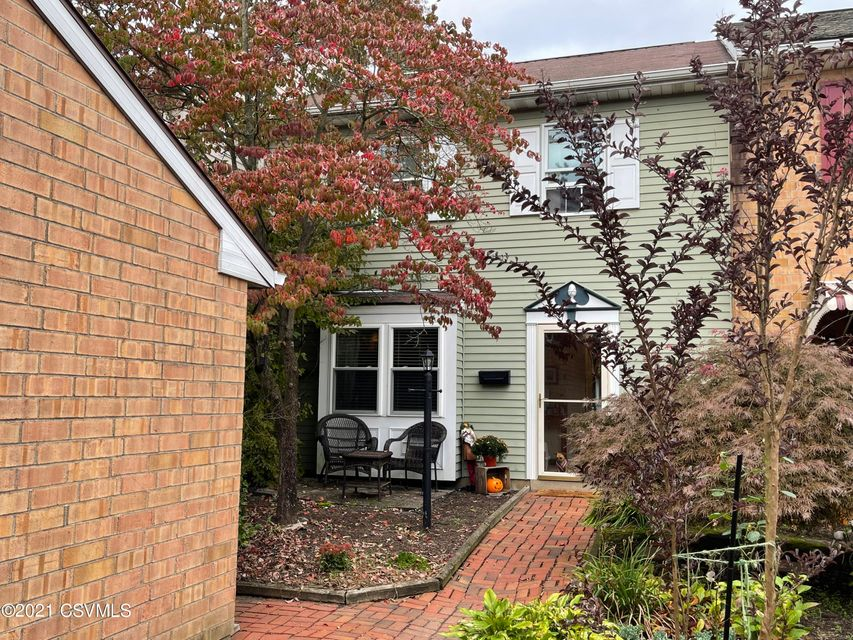 237 PORT NOBLE Drive, Bloomsburg, PA 17815