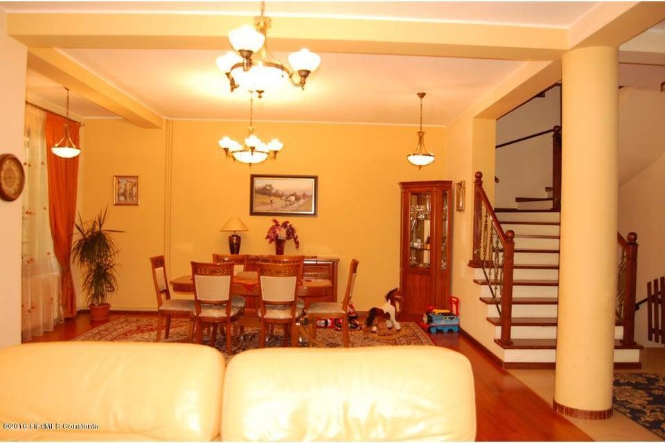 Vanzare Casa 368 m² - Tomis 2, Constanta - DSC_107340