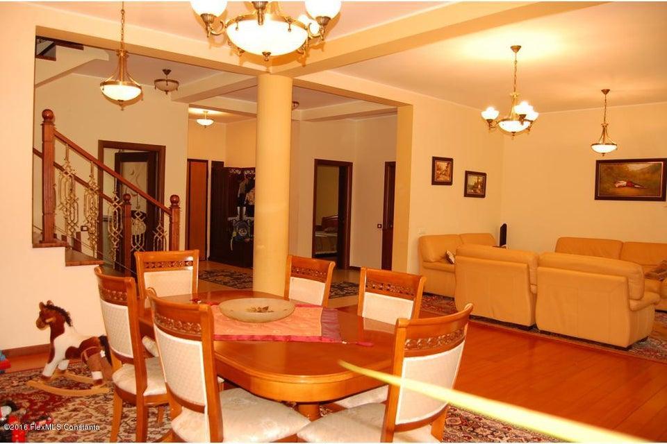Vanzare Casa 368 m² - Tomis 2, Constanta - DSC_107342