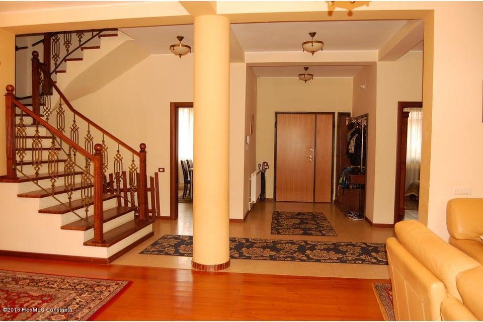 Vanzare Casa 368 m² - Tomis 2, Constanta - DSC_107343