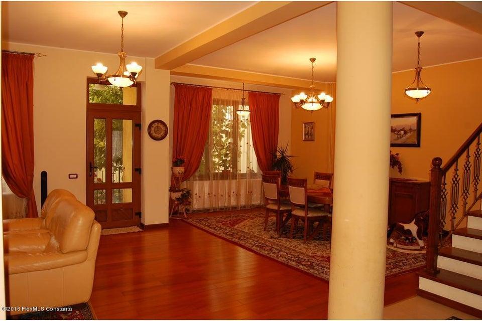 Vanzare Casa 368 m² - Tomis 2, Constanta - DSC_107339