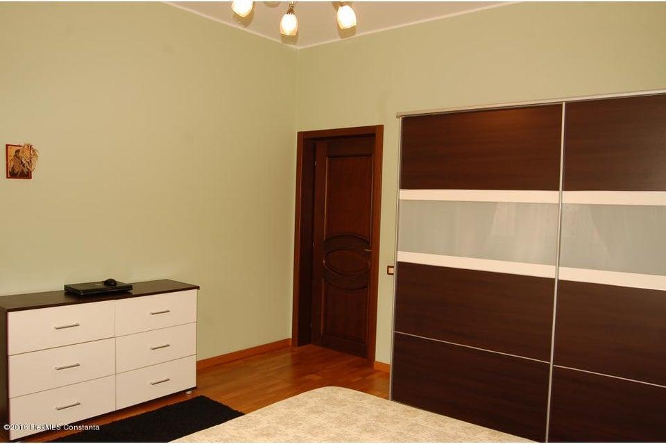 Vanzare Casa 368 m² - Tomis 2, Constanta - DSC_107345