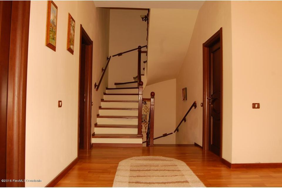 Vanzare Casa 368 m² - Tomis 2, Constanta - DSC_107346