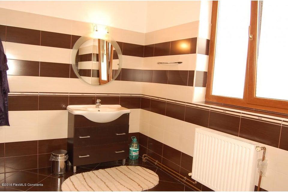 Vanzare Casa 368 m² - Tomis 2, Constanta - DSC_107347
