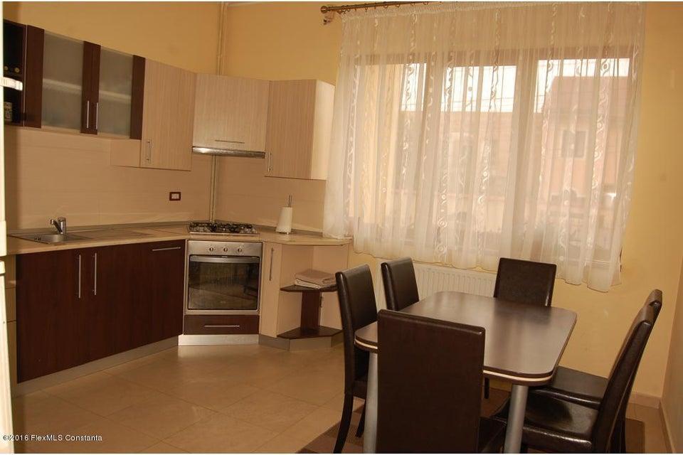 Vanzare Casa 368 m² - Tomis 2, Constanta - DSC_107353