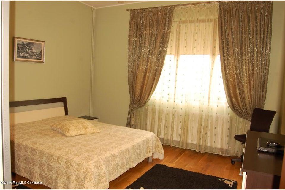Vanzare Casa 368 m² - Tomis 2, Constanta - DSC_107358