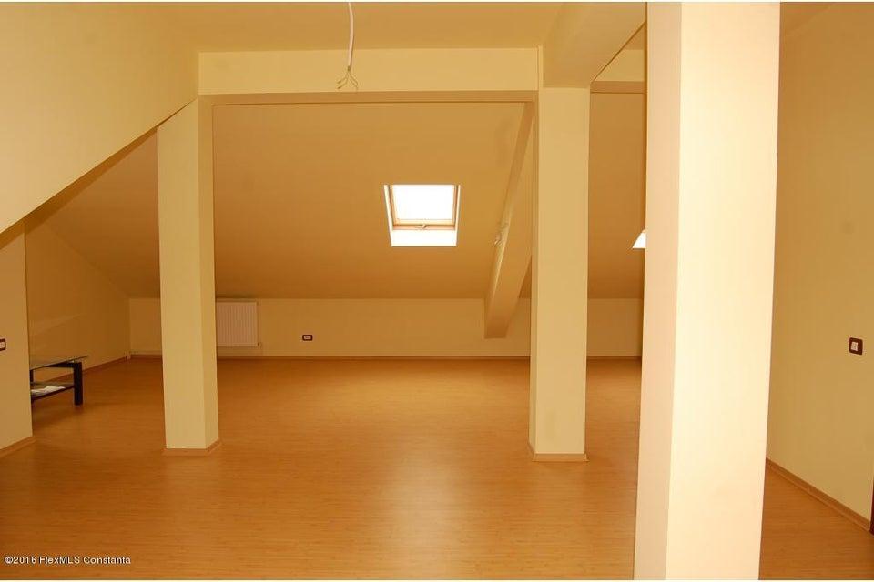 Vanzare Casa 368 m² - Tomis 2, Constanta - DSC_107361