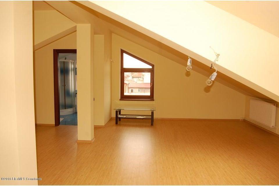 Vanzare Casa 368 m² - Tomis 2, Constanta - DSC_107362