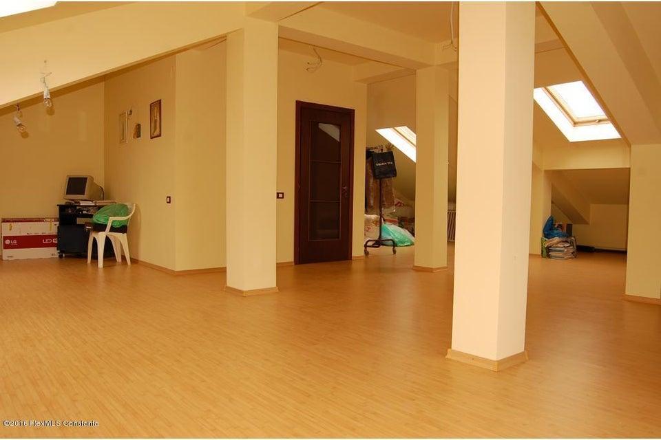 Vanzare Casa 368 m² - Tomis 2, Constanta - DSC_107363