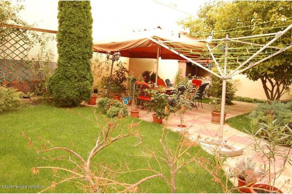 Vanzare Casa 368 m² - Tomis 2, Constanta - DSC_107365