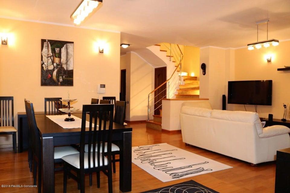 Vanzare Casa 177 m² - Tomis Plus, Constanta - DSC_111649