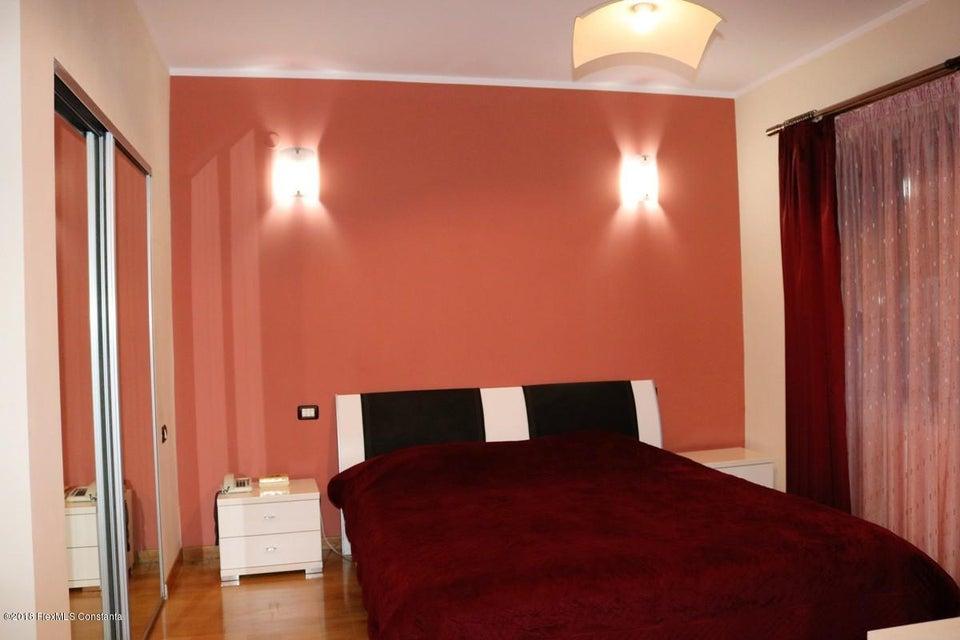 Vanzare Casa 177 m² - Tomis Plus, Constanta - DSC_111650