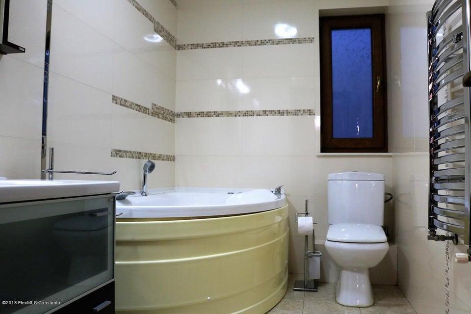 Vanzare Casa 177 m² - Tomis Plus, Constanta - DSC_111651