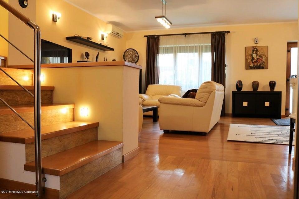 Vanzare Casa 177 m² - Tomis Plus, Constanta - DSC_111659