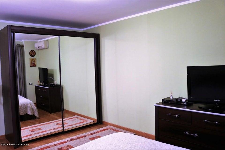 Vanzare Casa 177 m² - Tomis Plus, Constanta - DSC_111675
