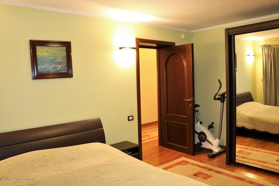 Vanzare Casa 177 m² - Tomis Plus, Constanta - DSC_111674