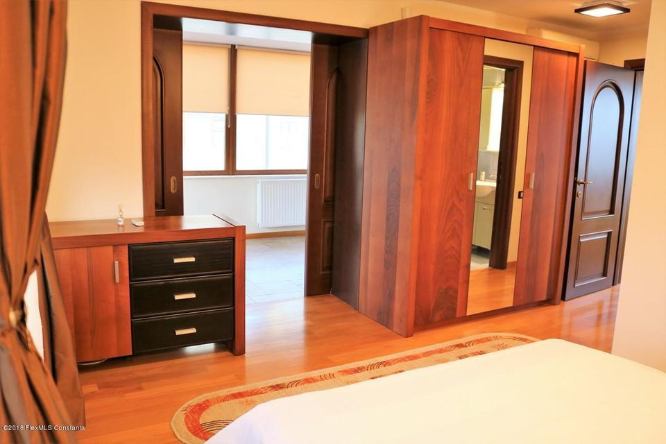 Vanzare Casa 177 m² - Tomis Plus, Constanta - DSC_111680