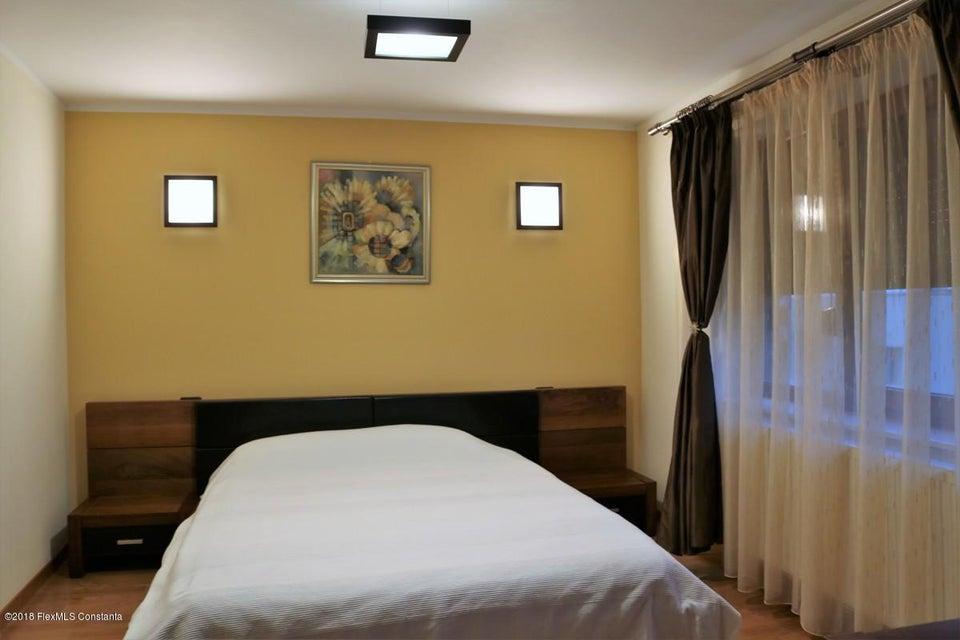 Vanzare Casa 177 m² - Tomis Plus, Constanta - DSC_111652