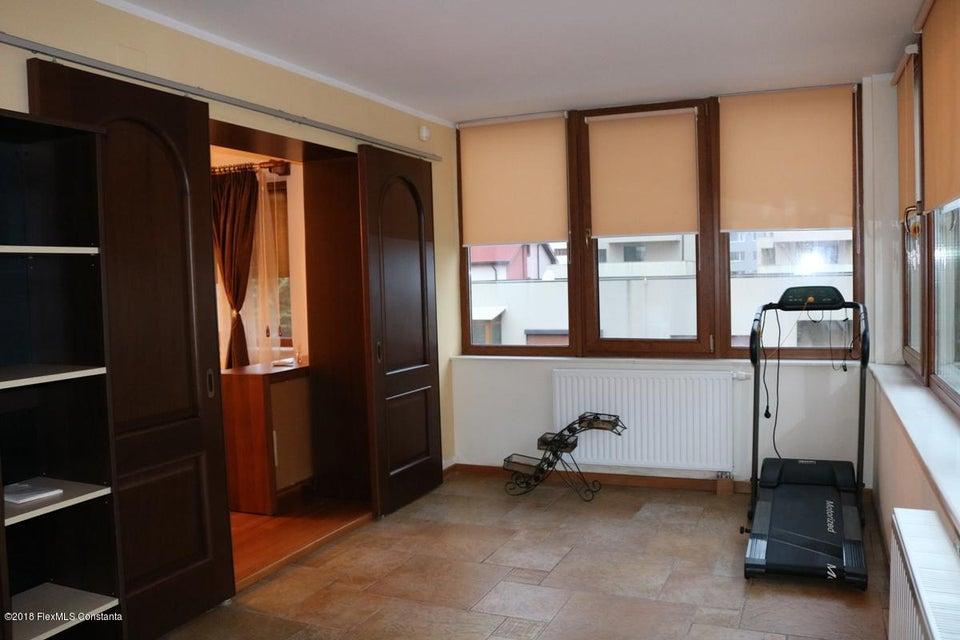 Vanzare Casa 177 m² - Tomis Plus, Constanta - DSC_111694
