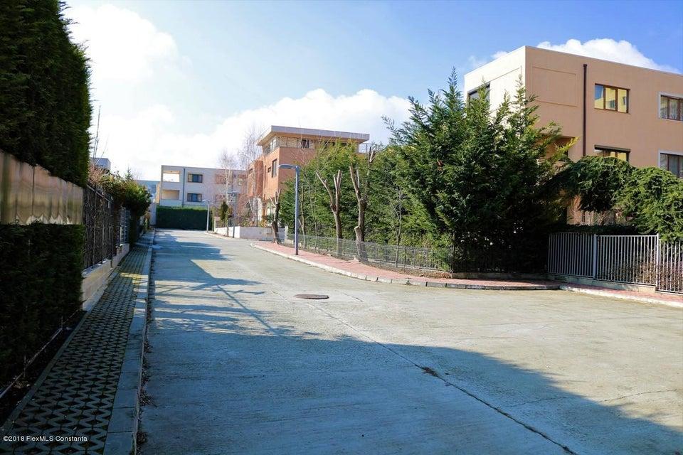 Vanzare Casa 177 m² - Tomis Plus, Constanta - DSC_112092