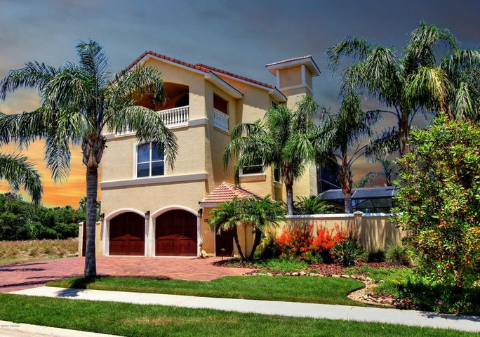 Welcome to beautiful 3739 Egret Dunes in Ormond Beach Florida