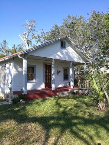 208 14th Street, Holly Hill, FL 32117