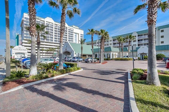 2700 N Atlantic Avenue, 1210, Daytona Beach, FL 32118